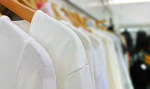 綿TシャツとポリエステルTシャツ